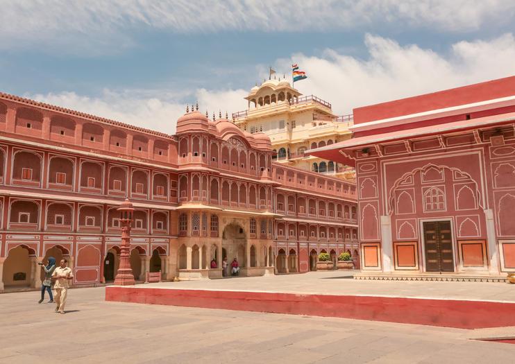 Jaipur Honeymoon Package   3Night / 4Days