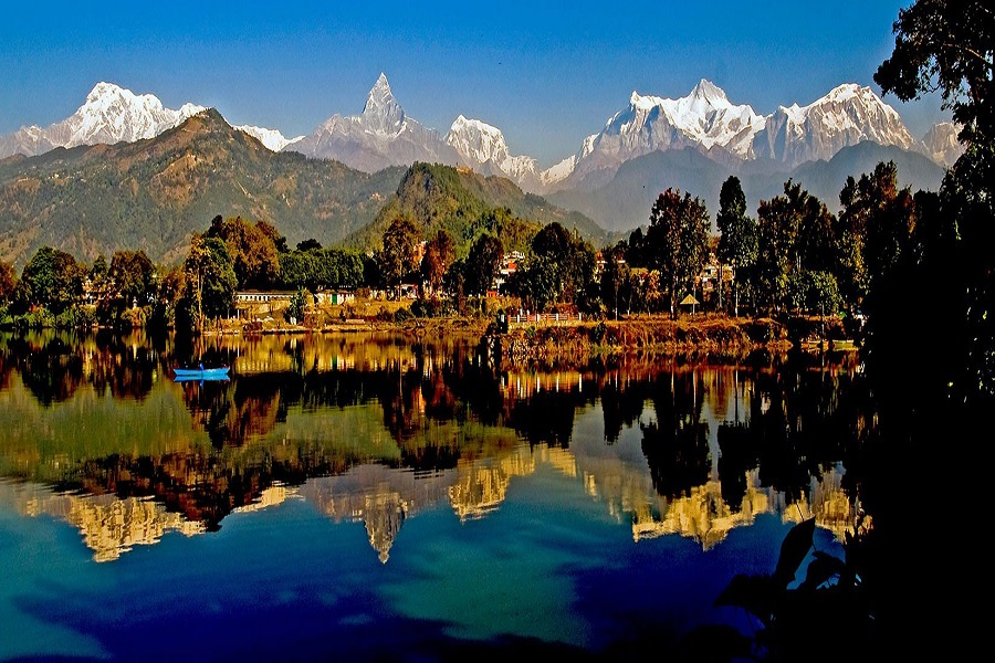 Golden Triangle and Wildlife Tour with Nepal