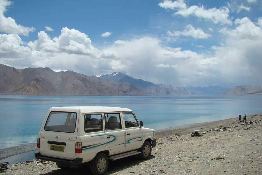 Ladakh Nubra Valley Jeep Safari Tour