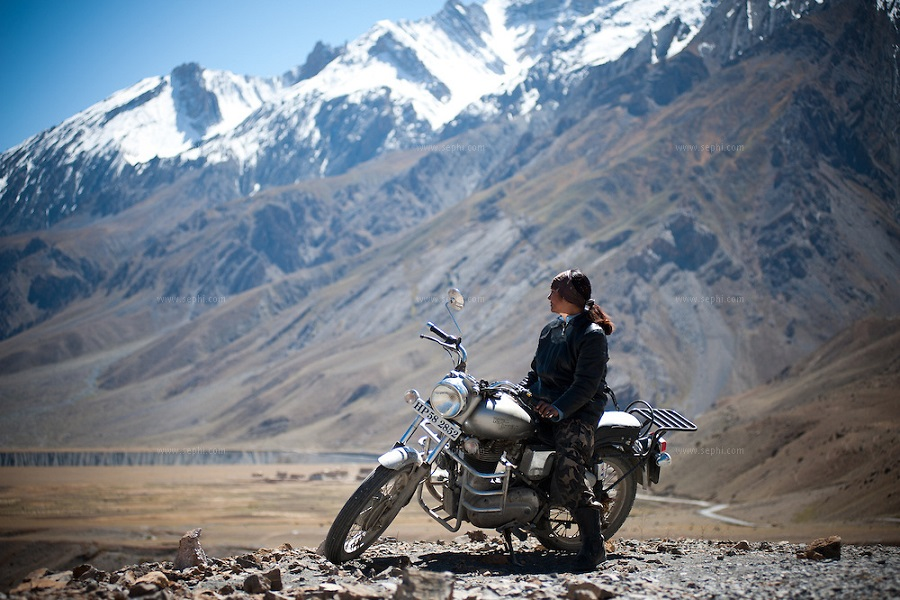 LADAKH MOUNTAIN BIKING RIDE ON LAND OF NOMADS