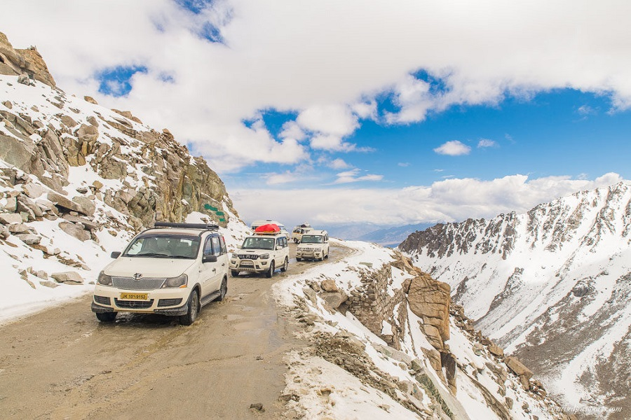 MANALI TO LEH JEEP SAFARI