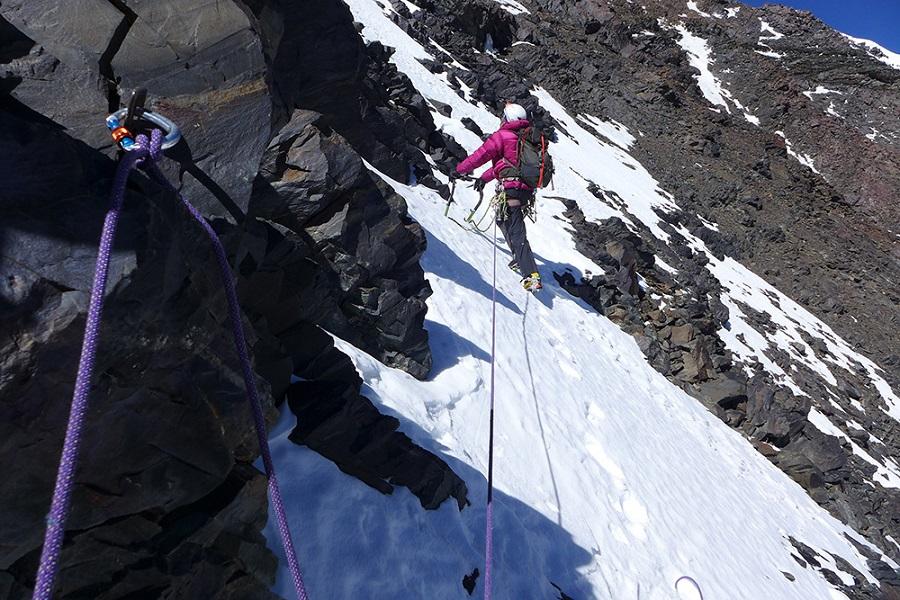 MT KANG YATSE (YATZE) PEAK CLIMBING